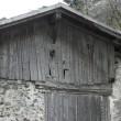 Holzlasur: Farben schützen vor Vergrauung