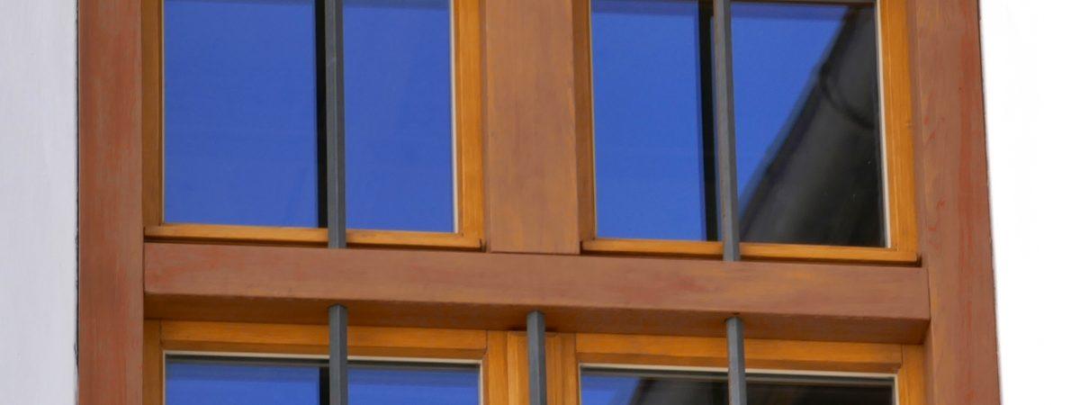 Fenster mit Holzlasur - Naturharzöl