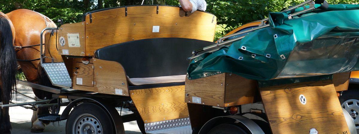 Holzlasur aus Naturharzölen schützt Eichenholz von Kutschen