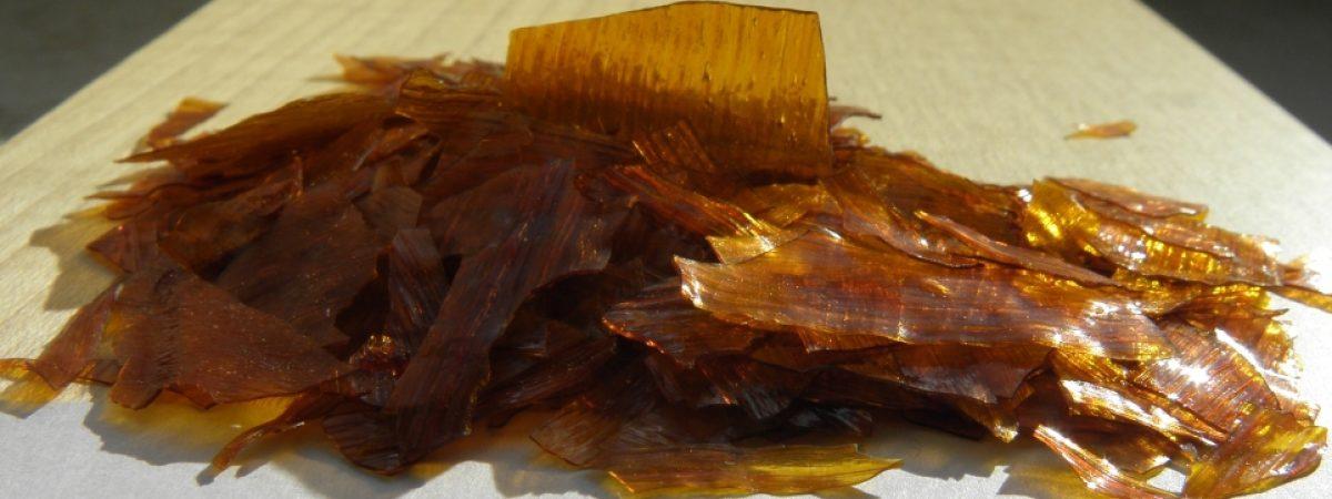 Schellack ist ein wichtiger Rohstoff für Naturfarben